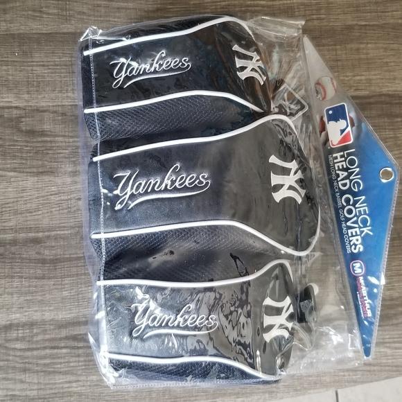 NY Yankees golf head covers NEW!